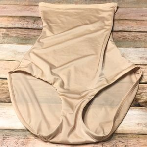 Size M Spanx High Waisted Slimming Nude Panty